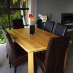 Recycle rimu table
